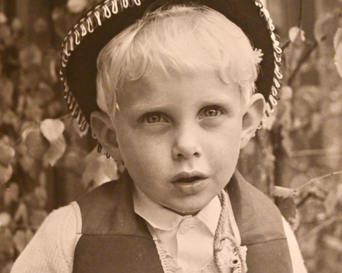 porträtt av en ung michael werner